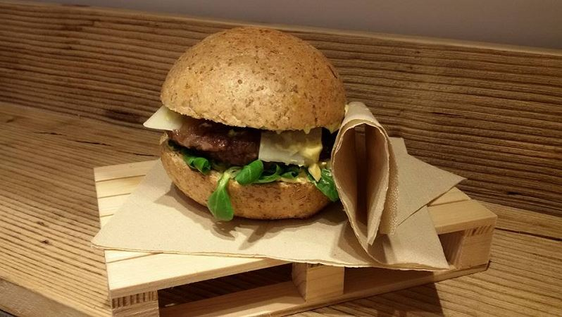 CottoCrudo hamburger di fassona